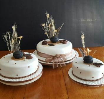 tradition of wedding cake traditional cakes mulberry cakes and cupcakes 21235